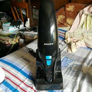 🚚 飛利浦手持式吸塵器