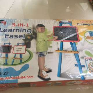 Learning Easel Drawing Set