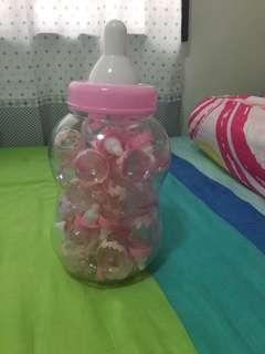 Baby shower bottle giveaways