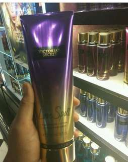 victoria secret parfum and lotion