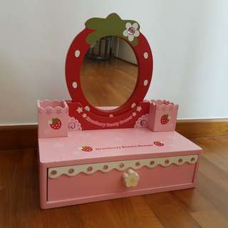 Kids play dressing Table