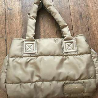 Authentic B-field bag