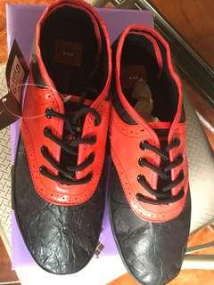 BARGAIN SALE Authentic & new CIVIC DUTY Fancy but Durable sneakers