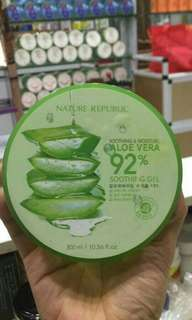 Nature republic 300ml aloevera 92%