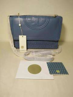 Tory Burch Fleming size 22