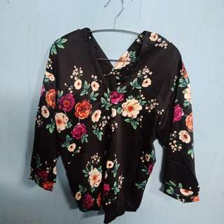 Black Zara Flower