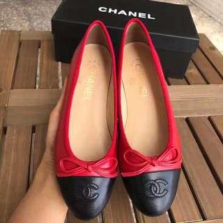 Chanel 芭蕾平底鞋 頂級貨  35-39標準碼  (34  40可定做)真皮底  內里羊皮  鞋面頭層牛漆皮