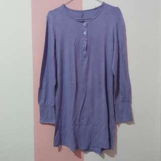 Kaos panjang ungu