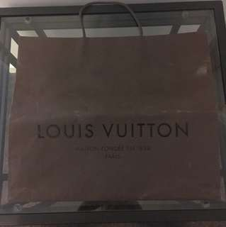 Genuine Louis Vuitton carry bag