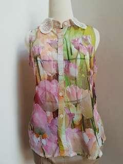 Floral Sleeveless Tops- Atasan Bunga