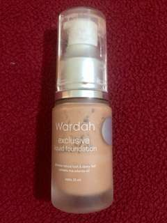 Wardah Exclusive Liquid Foundation 04 Natural