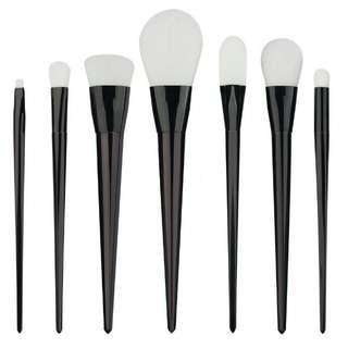 Black and white set brush