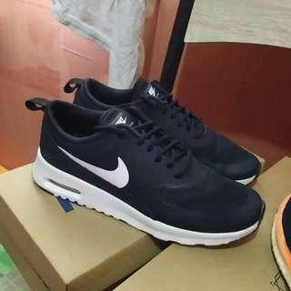 Nike Thea womens RUSH