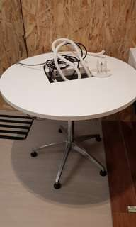 Round office discussion table(AVequipped)