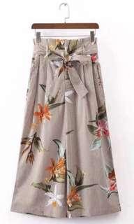 BNWT Floral Pants