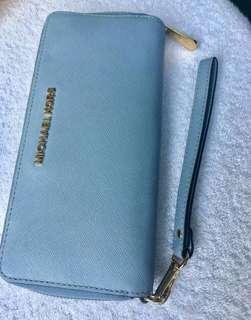 Michael Kors Authentic Wallet