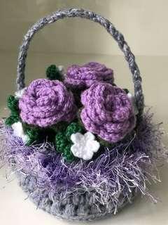 Crochet purple mini basket (frills) with roses - purple