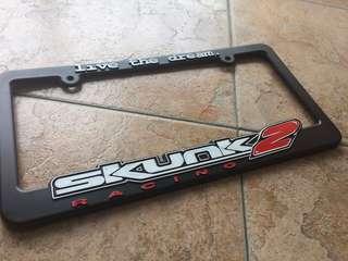 Frame plate skunk2