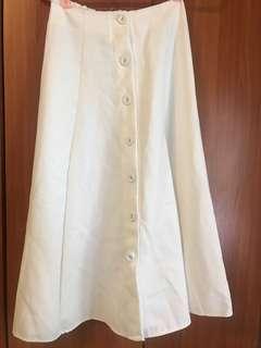 白色彈性高腰裙