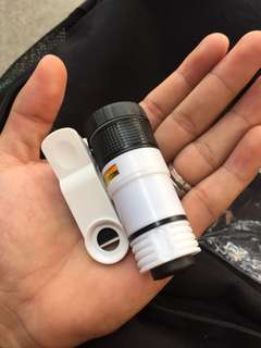 Zoom Clip Lens