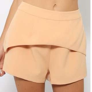 Minty Meets Munt Apricot Shorts - Hardly Worn
