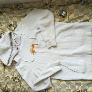 Stussy灰白色hoodie