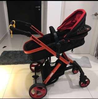 20% discount- Baby Stroller Red and black 90% new