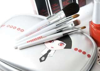 BN Shu Uemura Karl Lagerfeld mini makeup brush travel set