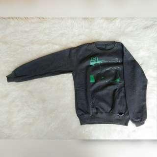 Sweater abu2 (gratis ongkir jabodetabek)