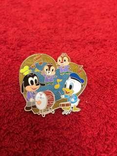 """Disney 迪士尼襟章 Pin """" Donald Duck & Friends"""""""