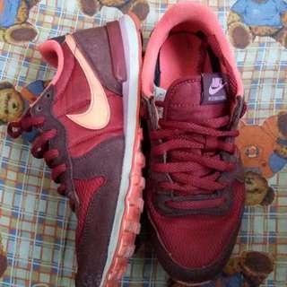 Nike Internationalist Size 5.5 UK
