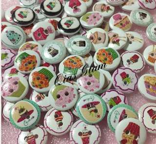 Cupcake Mini Brooches