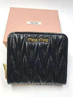 Miumiu Wallet 全新皺摺皮 有散紙位購自意大利保證真