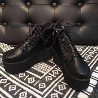 側拉鍊厚底軍靴