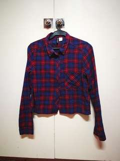 H&M red and blue checkered cropped collared long sleeve button down