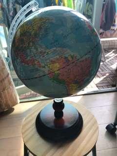 全新地球儀