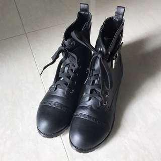 Gracegift 帶扣綁帶軍靴