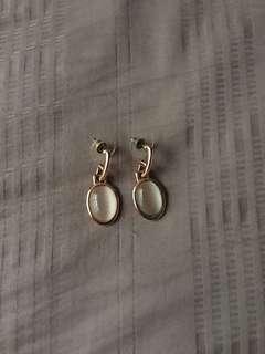Moonstone earrings chomel