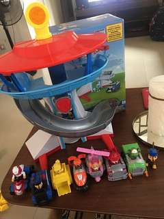 Paw Patrol The Lookout with 7pcs Vehicle Set