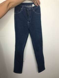 Rolla Jeans Mid Blue! Size 6