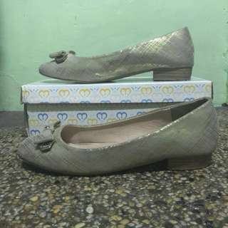 Michaela Doll Shoes in Gold