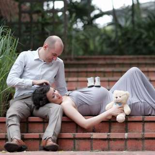 1 Accurate Production - Maternity Photoshoot / Family Photoshoot