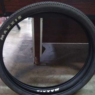 Tire set stock maxxis 27.5 1.95