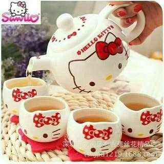 Hello kitty ceramics tea cup set