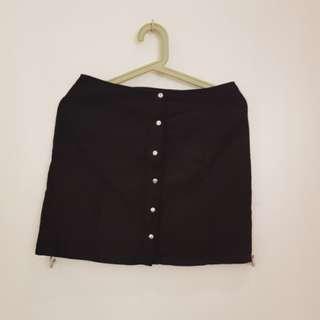 F21 Velvet button down black skirt