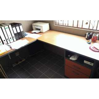 L-shape Office table