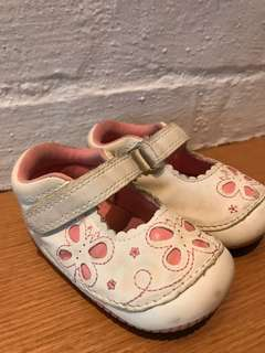 Mothercare first walk shoes