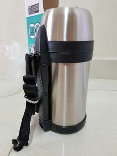 Thermos 1.4 Vaccum flask (New)
