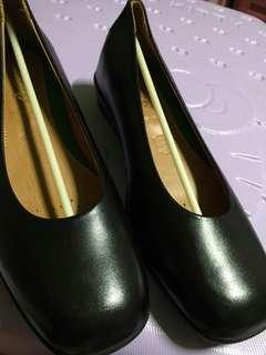 Ecoflex high quality black shoes