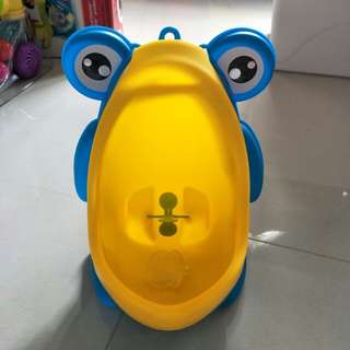 Boys standing pee potty urinal